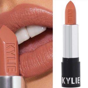 NEW Kylie Jenner Lipstick - Dulce De Leche (Creme)